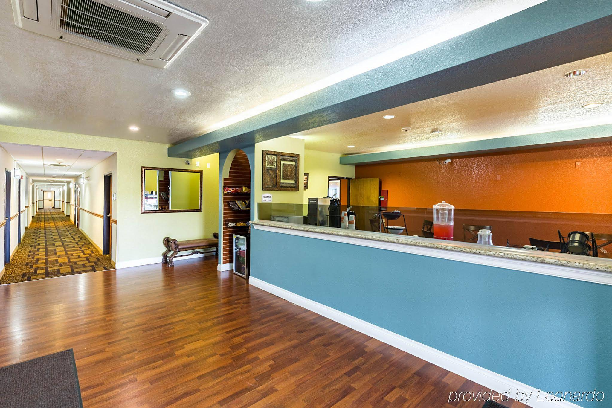 Suburban Extended Stay Beaumont Tx 2865 West Cardinal 77705