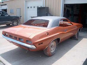 Photo: back end view 70 challenger