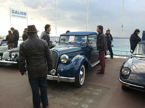 """Photo: La Hotckiss """"Biarritz"""" s'apprête à enlever le haut..."""