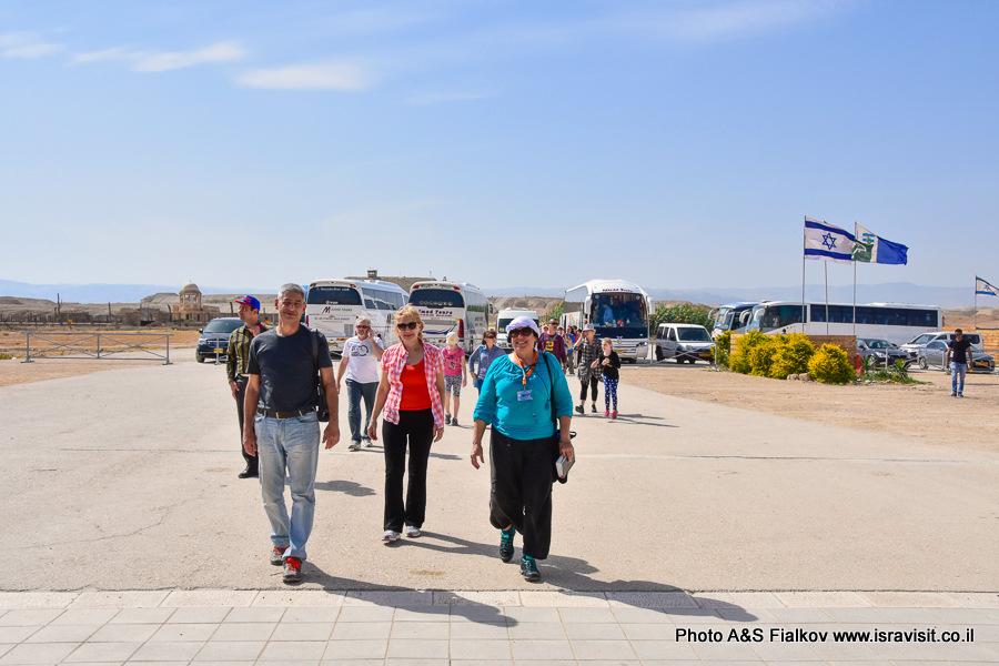 Экскурсия гида в Израиле Светланы Фиалковой в Каср эль-Яхуд, на месте крещения Господня в реке Иордан.