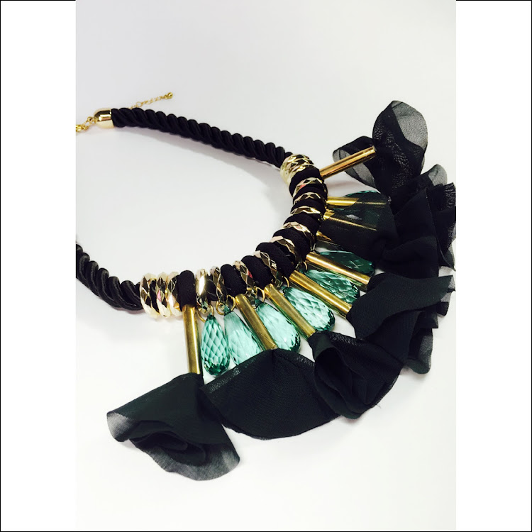 N042 - M. Greenlit Blast Necklace