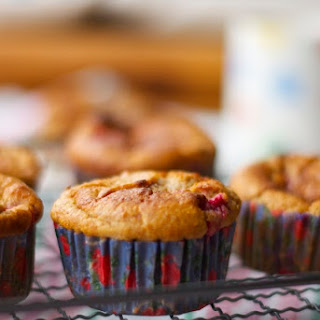 Healthy Oat Bran, Raspberry And Honey Muffins.