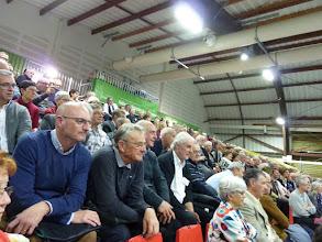 Photo: Une partie de l'assemblée