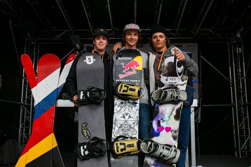 Podium Big Air Snowboard