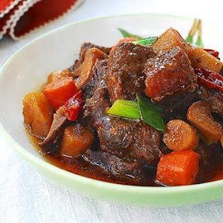 Sataejjim (Slow Cooker Braised Beef Shank).