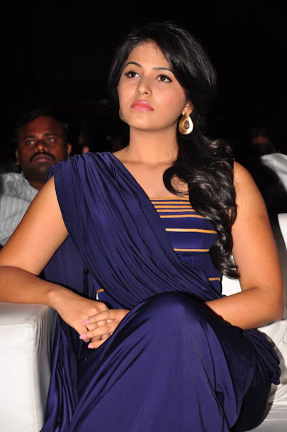 Anjali in blue, south actress Anjali