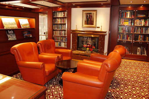 Head to the Oak Room on ms Prinsendam for an intimate, quiet spot to relax in leather luxury.
