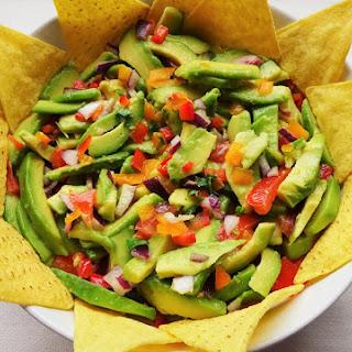 Chunky Bell Pepper Guacamole Salad