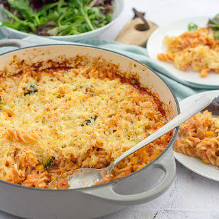 Easy One Pot Tuna Pasta Bake with Broccoli and Sweetcorn Recipe