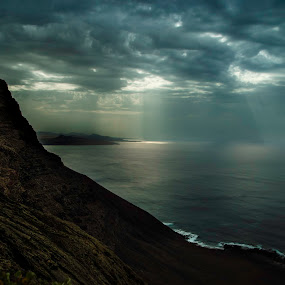 Dark clouds over my head. by Cassandra G - Landscapes Waterscapes