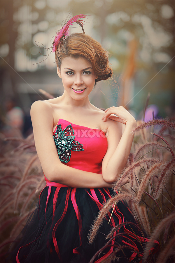 Smile by M Sidik Pw   Dhruva photography - People Fashion ( canon, stefvanie, beauty, dhruvaphotography )