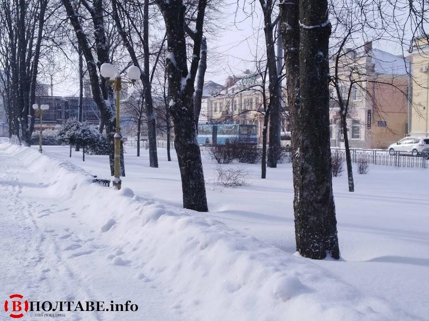 Полтаву вхурделило: ранок у місті після сильної негоди (ФОТО, ВІДЕО), фото-24