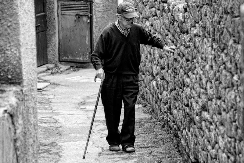Una vita alle spalle..... di Gianluca Presto