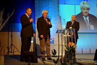 Photo: R. Metz, D. McNeilus a R. Passer - Zkušenosti z misie