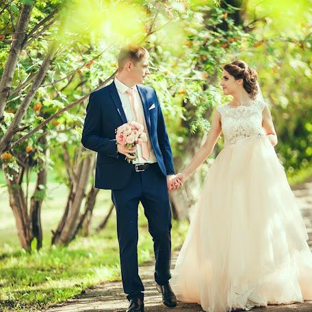 Wedding photographer Yulya Khomyaschenko (id79025717). Photo of 02.02.2018