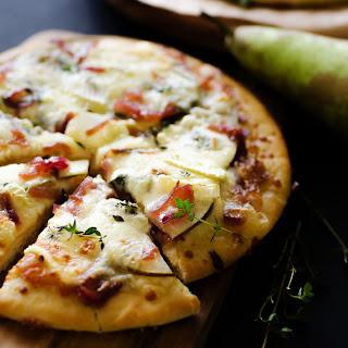 Gorgonzola Pear Pizza.