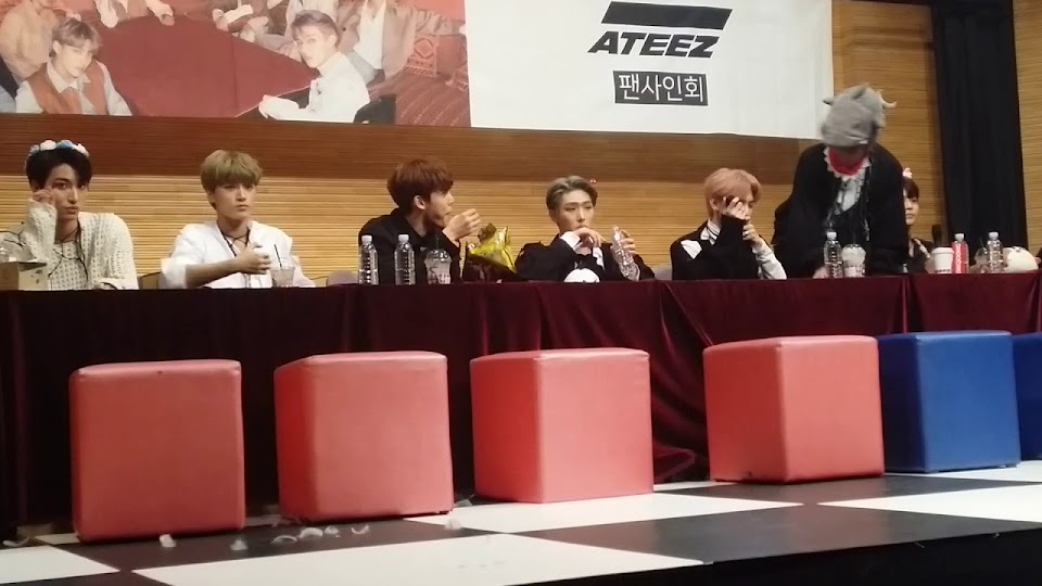 ateez fansign