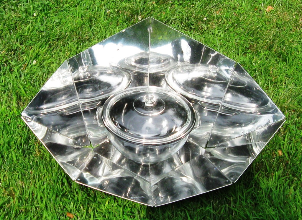 Panel Solar Cooker.png