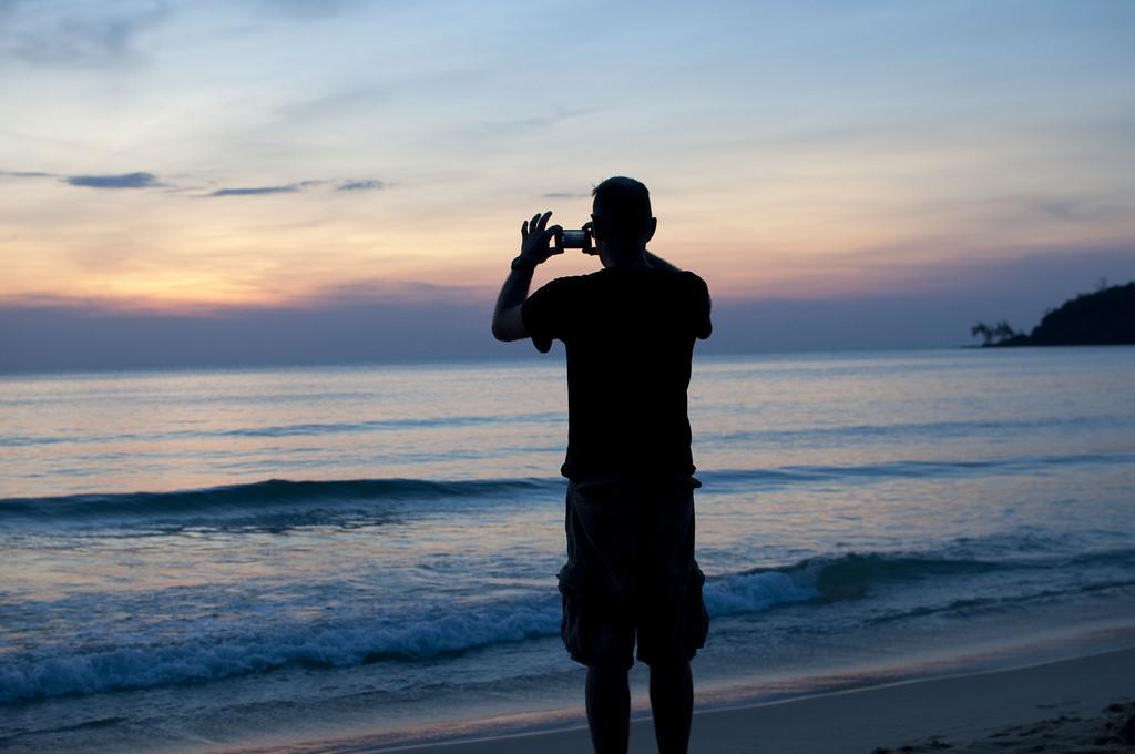 Bạn có biết Koh Rong Samloem - Thiên đường biển đẹp xinh của Campuchia? - ảnh 14