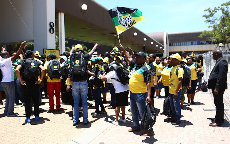 Over 400 delegates won't be allowed to vote for new ANC leader.