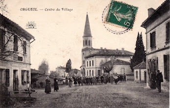 Photo: 82 Orgueil - Centre du village avec écolières début 1900 - Carte destinée à Mademoiselle BUS 91 Grande Rue Saint-Michel 31 Toulouse