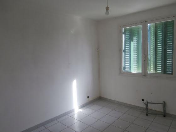 Location appartement 5 pièces 79 m2