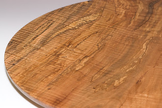 Photo: Phil Brown (detail of curly & spalted red-maple platter)
