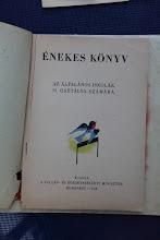Photo: Livre de chants pour la 2ème classe. Méthode Kodály (1948)