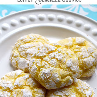 Easy Lemon Crinkle Cookies.