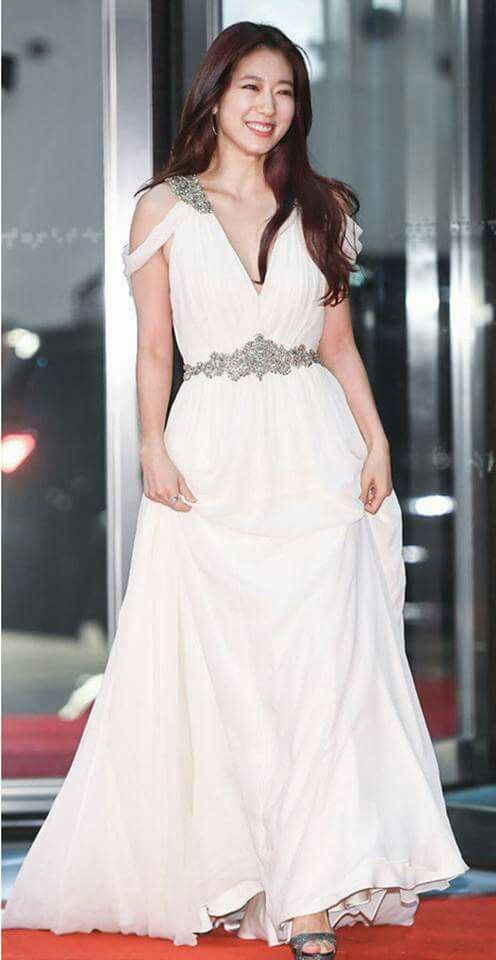 shinhye gown 21