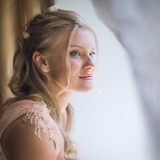 Wedding photographer Olga Astakhova (astahova). Photo of 12.02.2014