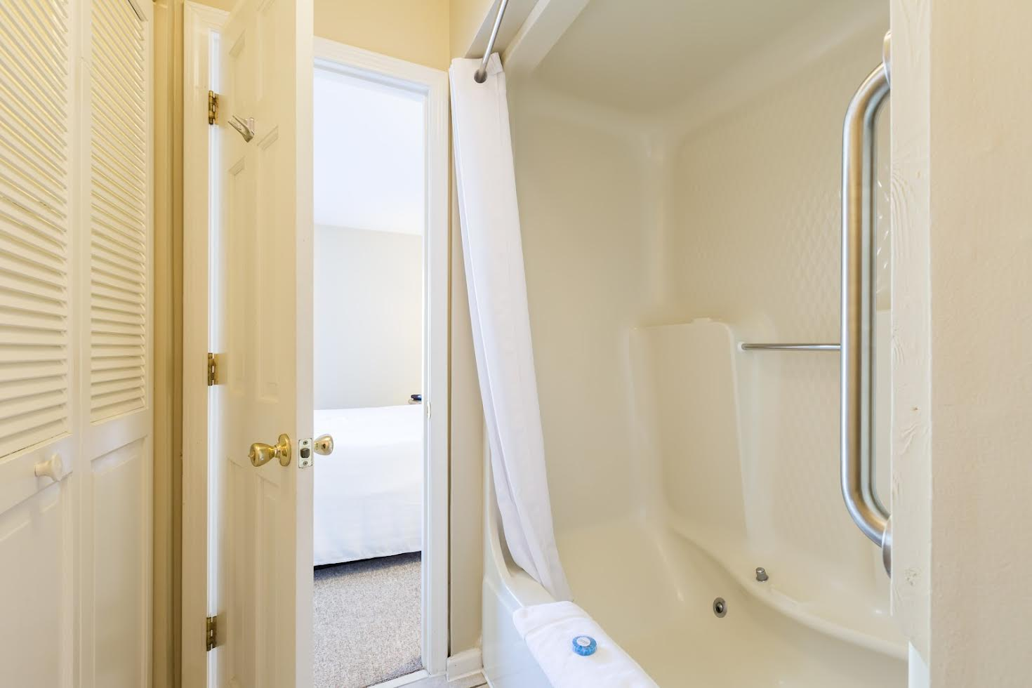 One Bedroom Villa Picture Number 2