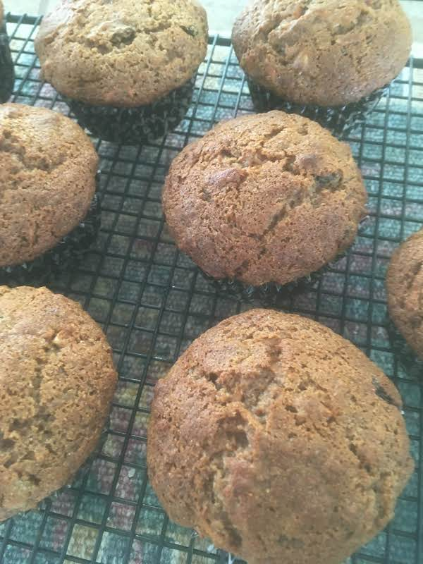 Very Healthy Whole Wheat Muffins Loaded With Carrots, Raisins, Sunflower Seeds And More!