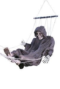 Skelett i hängmatta