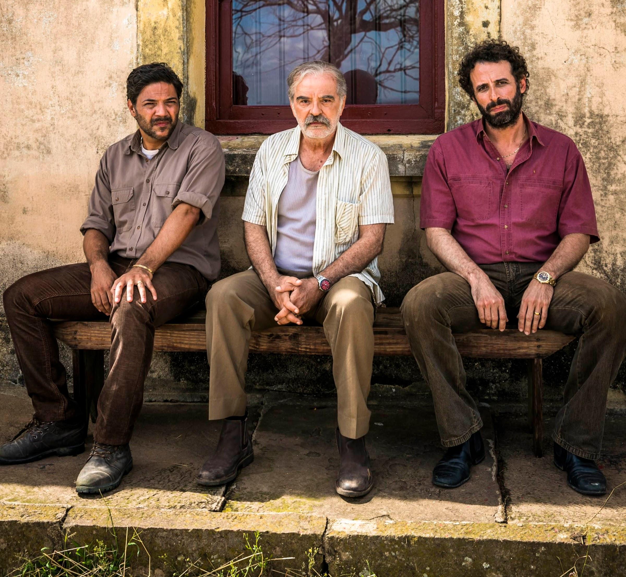 Ademir (Genézio de Barros), Hélcio (Dionísio Neto) e Adão (César Ferrario) A Dona do Pedaço