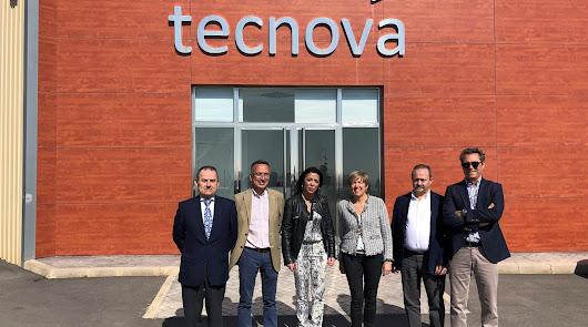 La presidenta del Parlamento Andaluz visita el Centro Tecnológico Tecnova