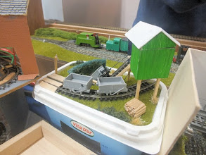 Photo: 018 Narrow gauge in a margarine tub by Toby Hollins, giving evidence that everyone has some room for modelling, even if we can't all have 30ft x 15ft attics! .