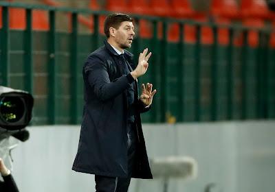 """🎥 Satisfait de la victoire, Steven Gerrard est encore ébloui par le but de Kemar Roofe : """"Un but de classe mondiale, le plus beau que j'ai vu !"""""""