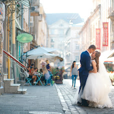 Wedding photographer Viktor Litovchenko (PhotoLito). Photo of 02.01.2016
