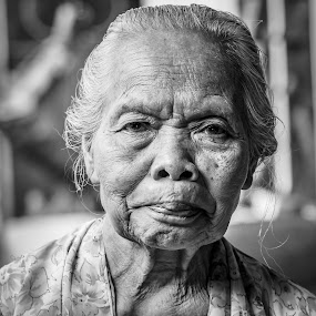 Nene Tua by Donny Novianus - People Portraits of Women ( senior citizen )