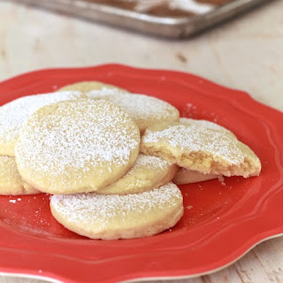 Almond Pillow Cookies.