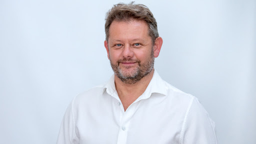 Worth.Business co-founder and MD, Johann de Lange.