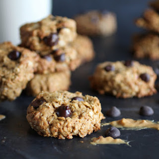 Healthy Peanut Butter Chocolate Chip Oatmeal Cookies.
