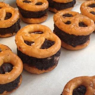 Gluten-Free No-Bake Chocolate Pretzel Bites