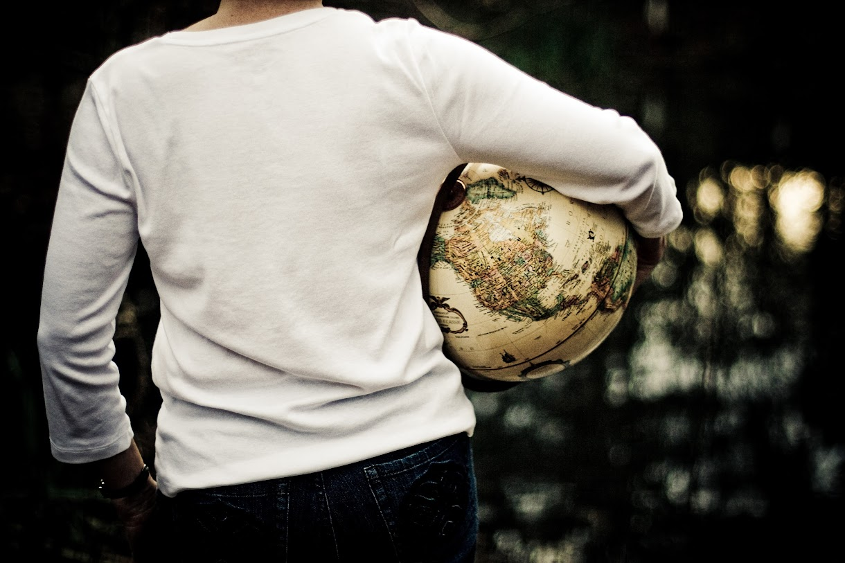 Clear article about the reasons we need to teach our children geographical awareness.