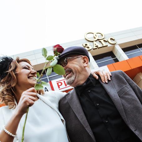 Wedding photographer Elena Mikhaylova (elenamikhaylova). Photo of 13.12.2017