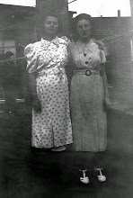Photo: Muriel and Mildred Tulman