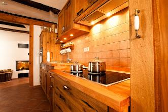 Photo: Küche aus Altholz
