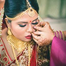 Wedding photographer Saikat Sain (momentscaptured). Photo of 30.07.2017
