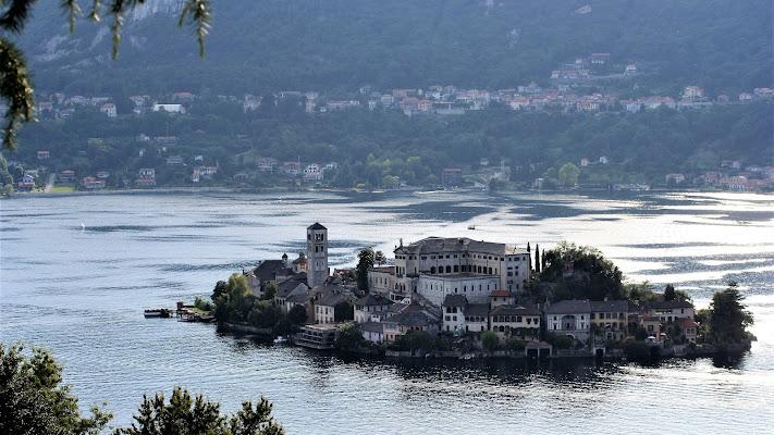 La magia, dell'isola di San Giulio . di claudia_colantoni
